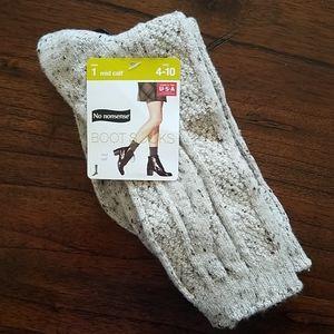 NWT No Nonsense Boot Socks